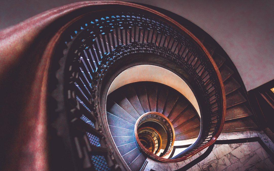 Escaleras: conoce estas tendencias para tu casa