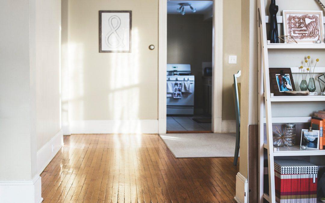 Por qué renovar las puertas de tu hogar